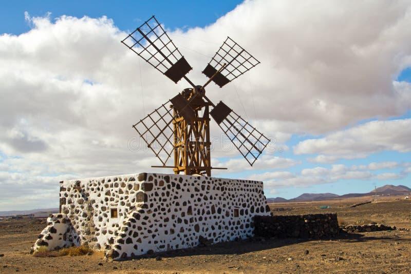 风车在puerto de lajas 库存图片
