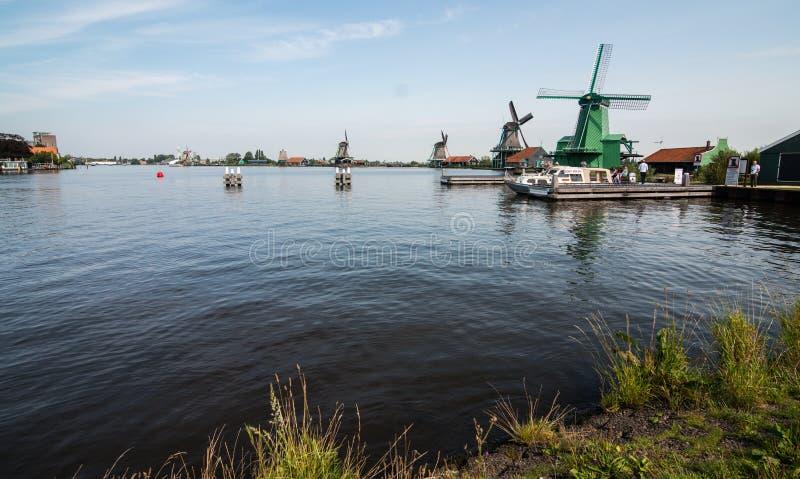 风车在Zaanse Schans,荷兰 免版税图库摄影