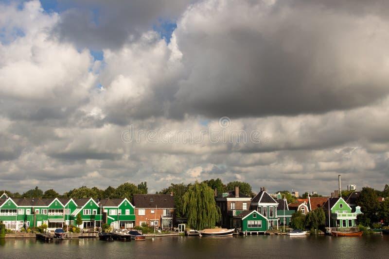 风车抑制在北海彼德森荷兰的障碍 库存图片
