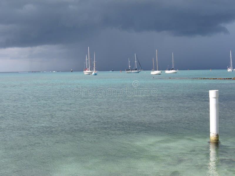 风雨如磐日的海运 免版税库存图片