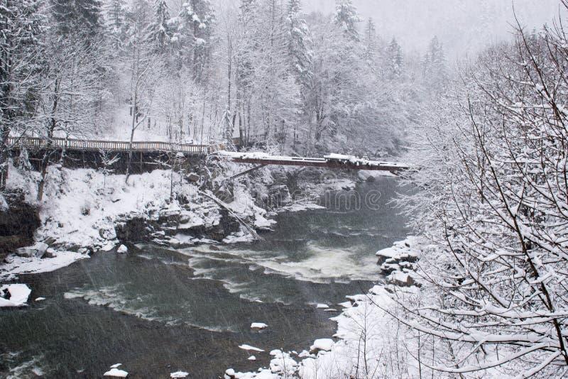 风雨如磐的山河在冬天 免版税库存照片