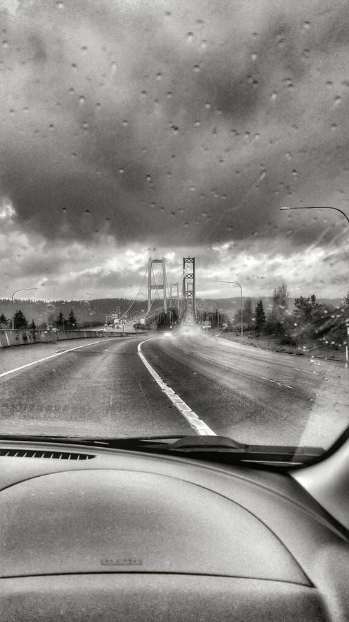 风雨如磐的桥梁 库存照片