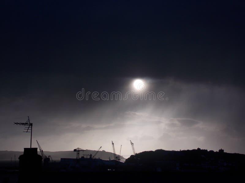 风暴和日出 免版税库存照片