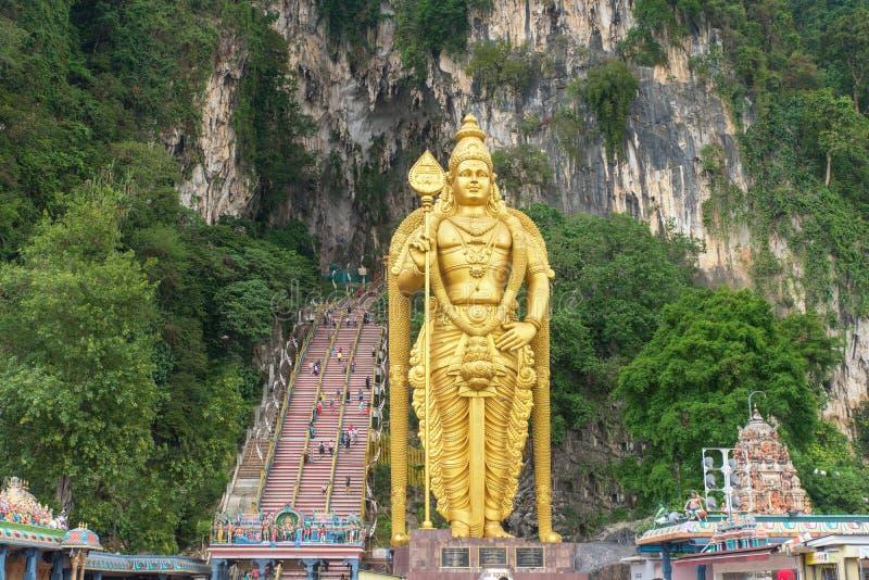 黑风洞雕象和入口在吉隆坡,马来西亚附近 免版税图库摄影