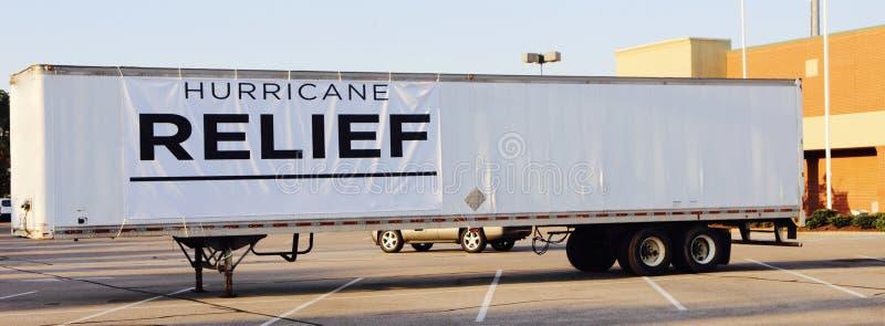 飓风厄马和哈维受害者的安心卡车 库存图片