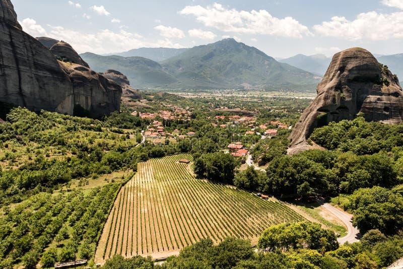 飞星或迈泰奥拉修道院葡萄园在希腊 图库摄影