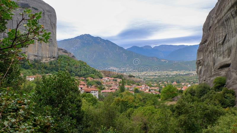 飞星或迈泰奥拉,从高原的全景到色萨利谷  库存图片