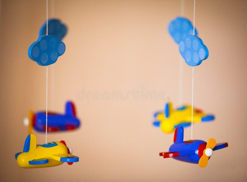 飞机玩具由木头制成 免版税库存图片