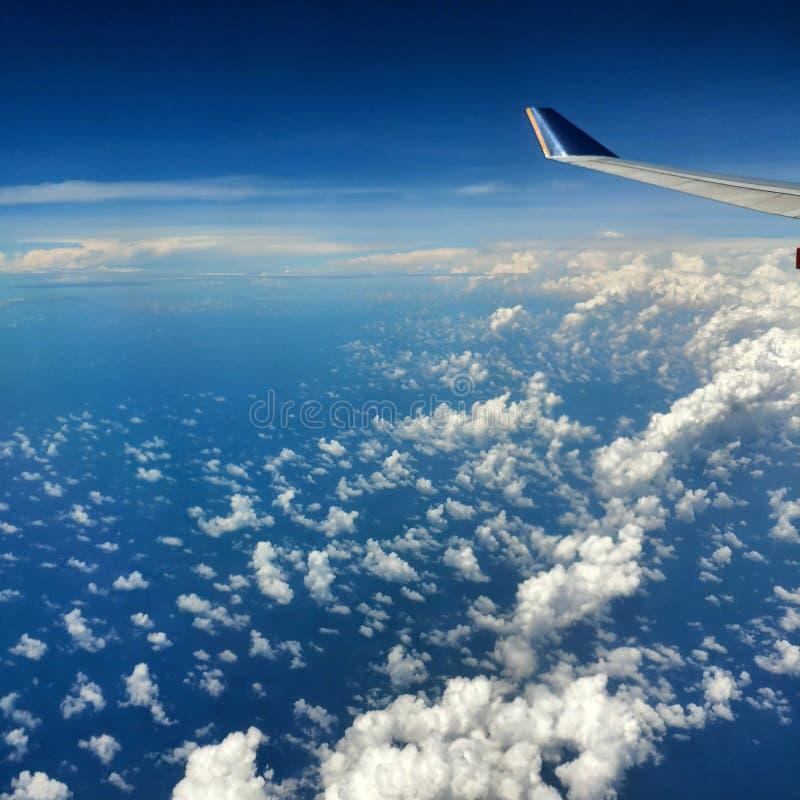 从飞机的好的云彩 免版税库存图片
