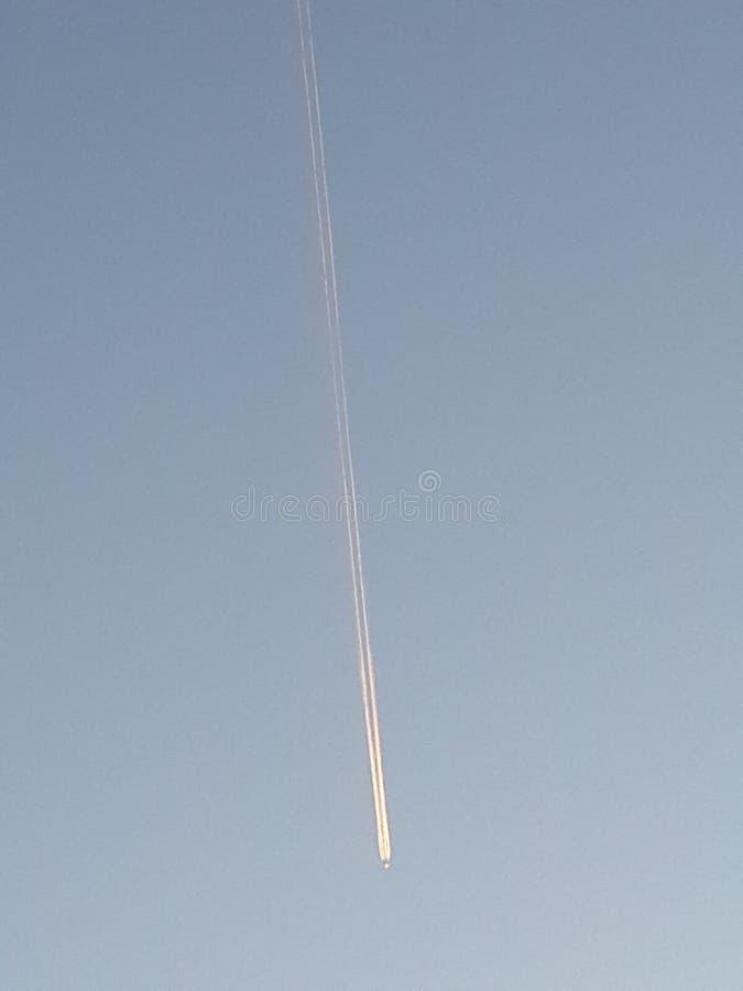 飞机的苏醒 免版税库存图片