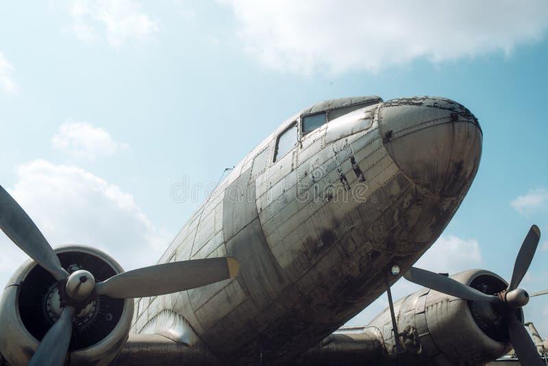 飞机螺旋浆  航空器推进器细节 自转和打旋 航空和空运 旅行癖或 库存照片