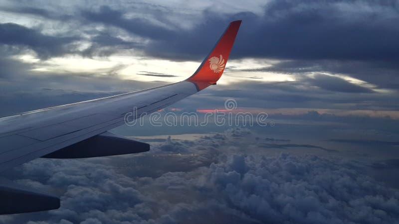飞机飞行查出的photoshop 免版税库存图片