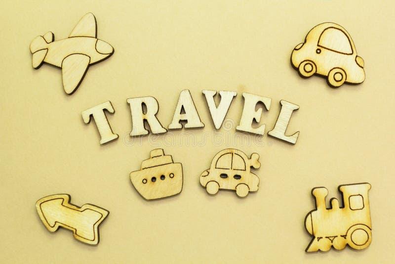 飞机,汽车,船,火车,题字'旅行的图 免版税库存照片