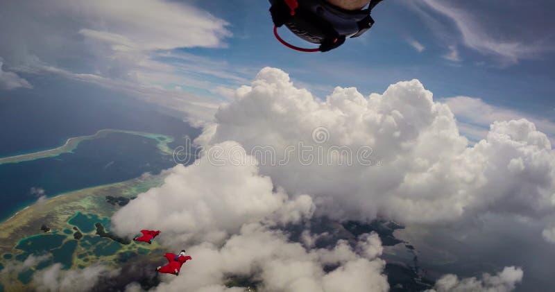 飞行在帕劳的Wingsuit 图库摄影