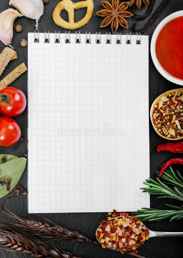 食品成分和食谱书 库存照片
