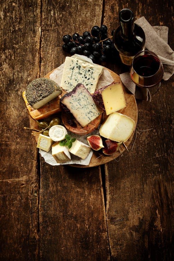 食家乳酪盛肉盘 库存图片