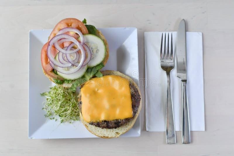 食家芝士汉堡2 库存照片