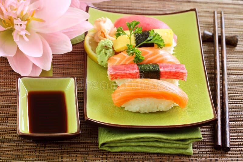 食物传统日本的寿司 免版税库存图片