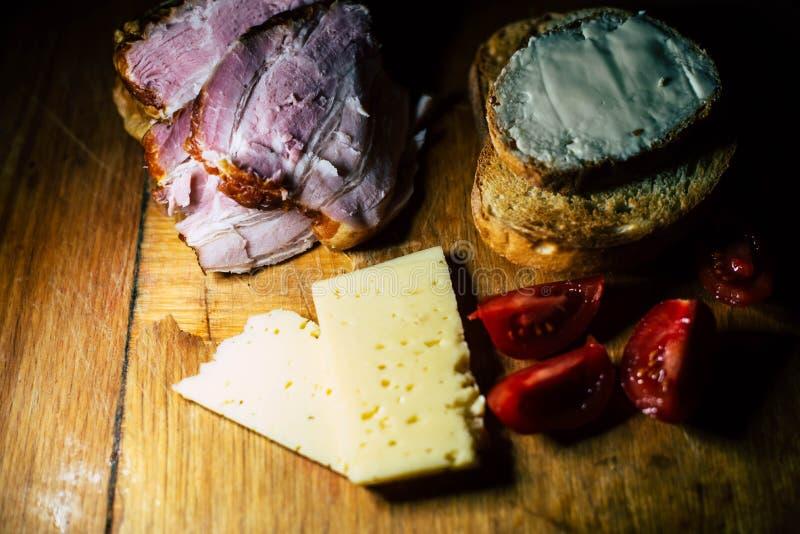 食物和肉板材  图库摄影