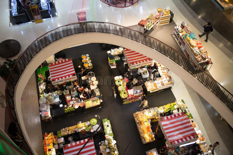 食物在中央节日清迈的促进地区 免版税库存图片
