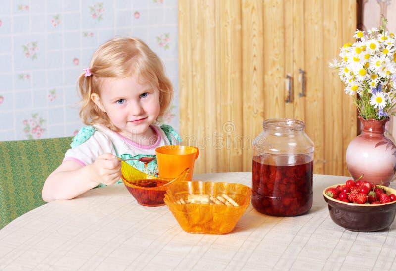 食物女孩一点 库存照片
