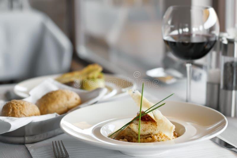 食物好的餐馆 免版税库存图片