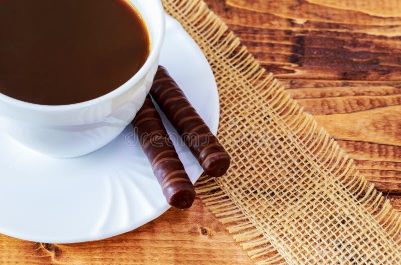 食物意大利传统 Cantuccini曲奇饼用无奶咖啡 库存照片