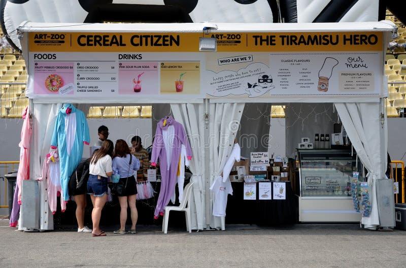 食物新加坡艺术动物园事件的摊位供营商 免版税库存图片