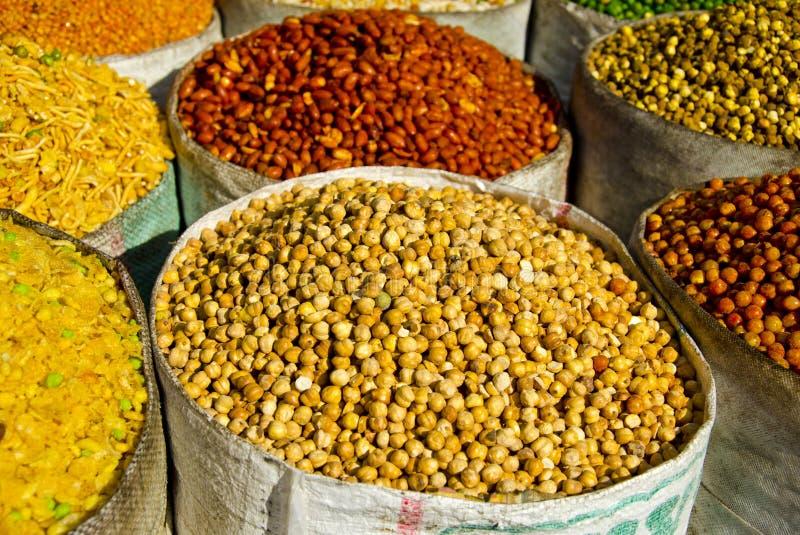 食物栈在德里街道义卖市场,印度 免版税库存图片