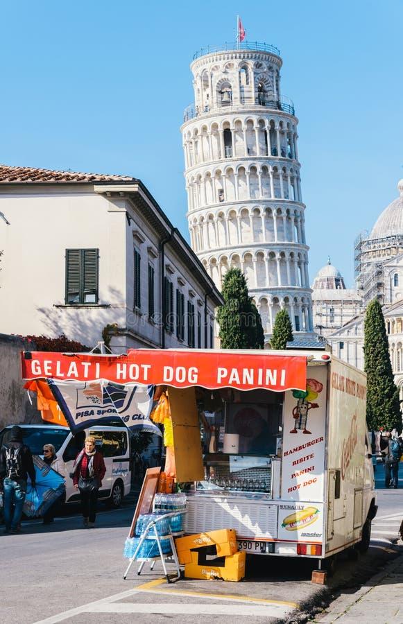 食物立场在比萨,托斯卡纳,意大利 库存图片