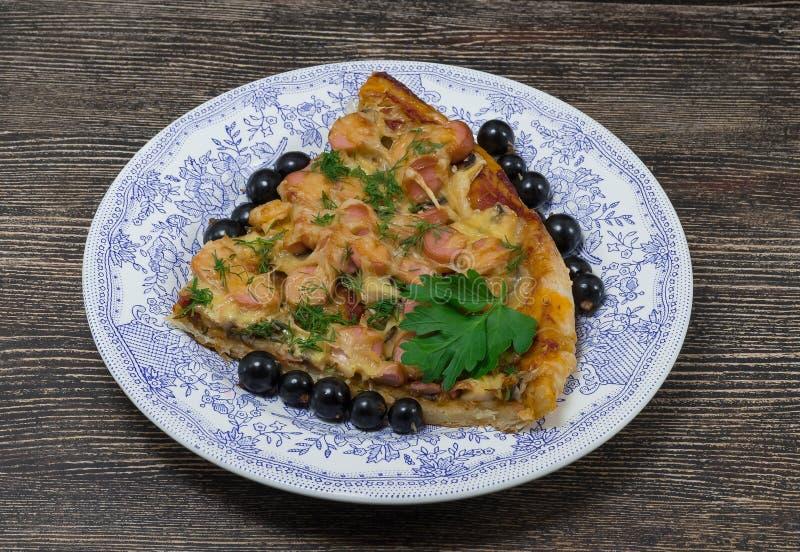 食物,全国盘,在板材的比萨 免版税库存图片