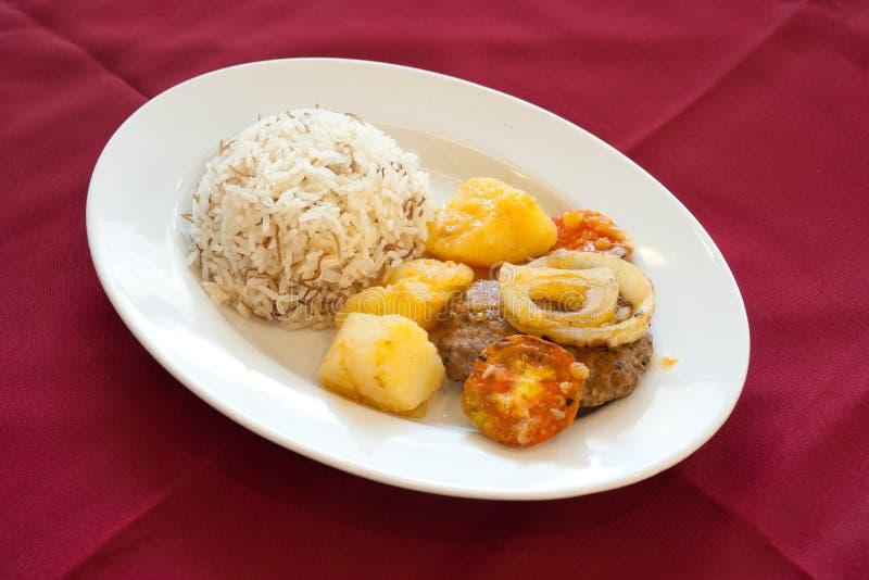 食物kofta黎巴嫩人米 库存图片