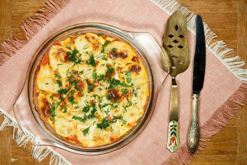 素食主义者Moussaka 传统希腊盘 库存图片