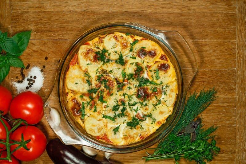 素食主义者Moussaka 传统希腊盘 免版税图库摄影