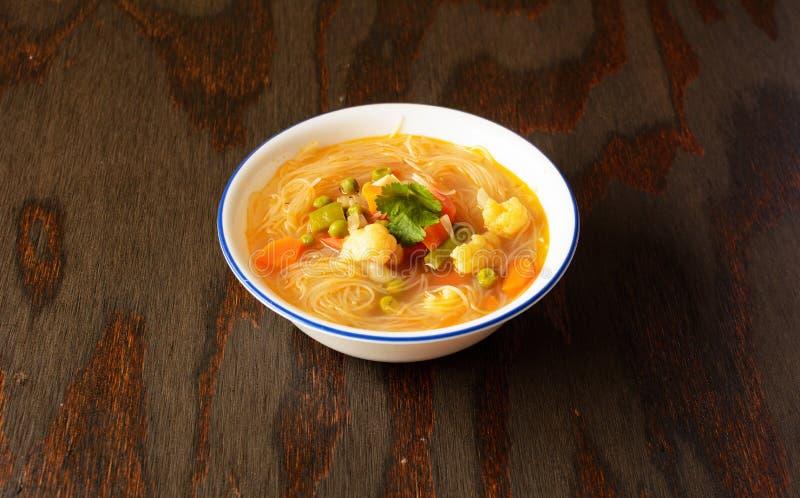 素食主义者Thukpa,从阿鲁纳恰尔邦的汤面 免版税库存照片