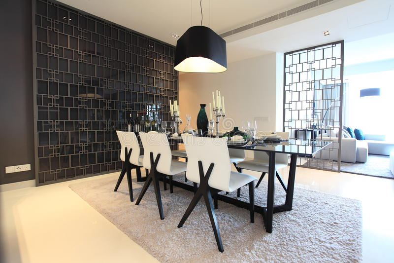 餐厅在豪华公寓房在吉隆坡 免版税图库摄影