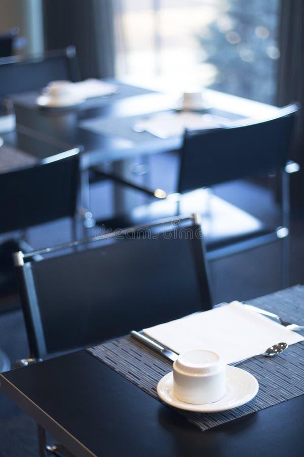 餐馆咖啡馆酒吧在豪华旅馆里 库存照片
