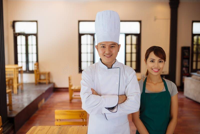 餐馆工作者队  库存图片