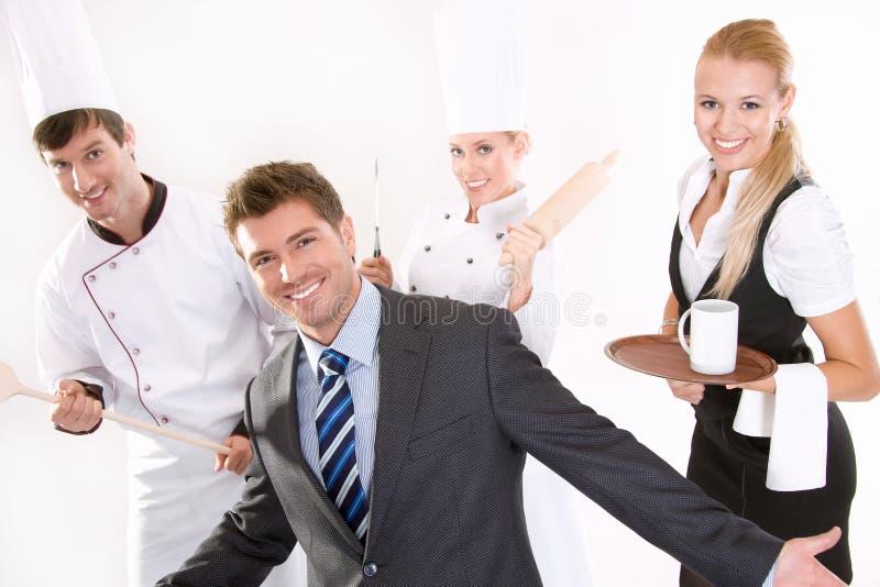 餐馆微笑的人员 免版税图库摄影