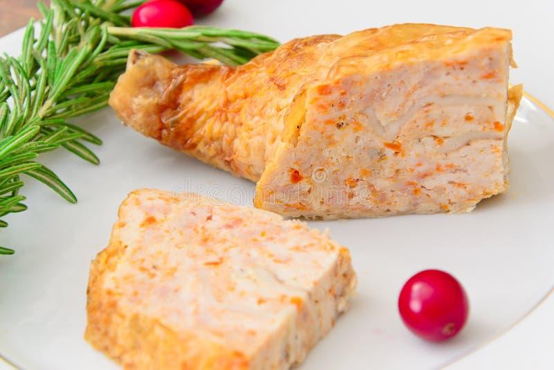 Download 饮食和健康食物:被充塞的鸡与 库存图片. 图片 包括有 颜色, 自创, 美食, 生活方式, 食物, 户内 - 62529209