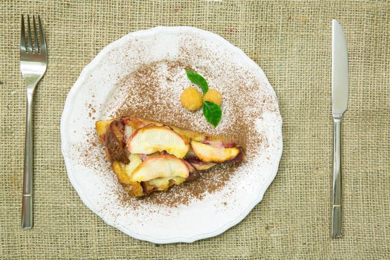 饼干苹果蛋糕,顶视图 库存图片