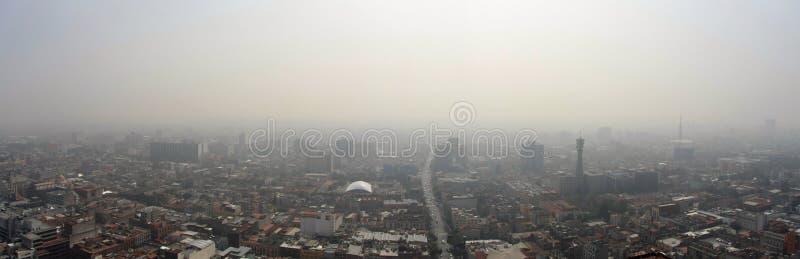 首都的墨西哥城地平线鸟瞰图 免版税库存图片