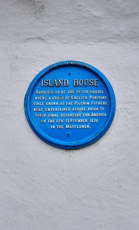香客生在大厦的纪念勋章在普利茅斯英国 库存图片