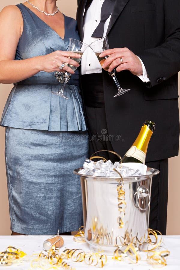 香宾多士的夫妇感人的玻璃 图库摄影