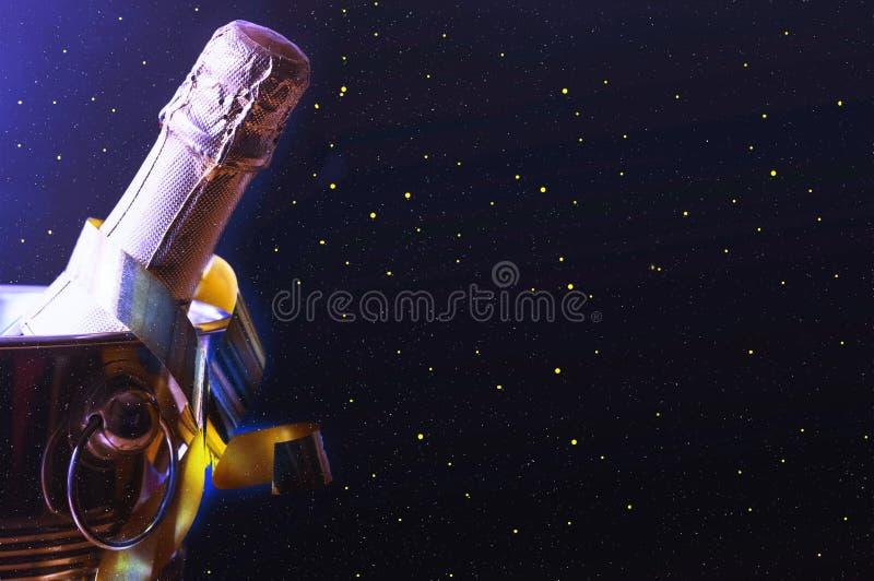 香宾 多彩多姿的光和闪亮金属片 生日 庆祝 库存图片
