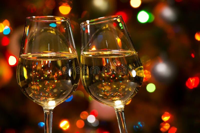 Download 香宾玻璃和圣诞灯 库存照片. 图片 包括有 藏品, 合作伙伴, 当事人, 生日, 节假日, 起泡的, 酒精 - 62533352