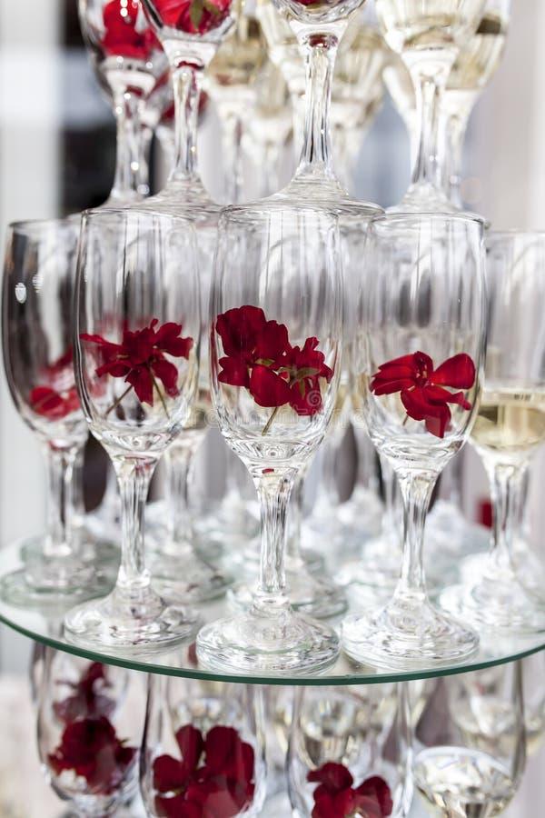 香槟构成的玻璃水平地射击了 免版税图库摄影