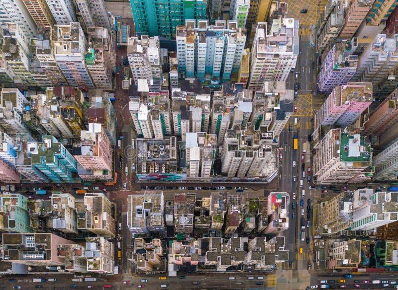 香港公寓鸟瞰图在都市风景背景,沙公中. 横向, 飞行.图片