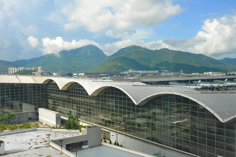 香港国际机场机场主楼门面  免版税图库摄影