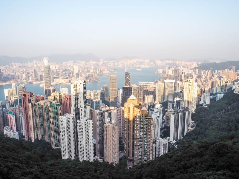 香港地平线 在高峰计划非常夏时维多利亚视图宽wiew的海湾地区财务第一kowloon 库存照片